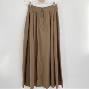 Vintage long skirt brown with pockets high waisted